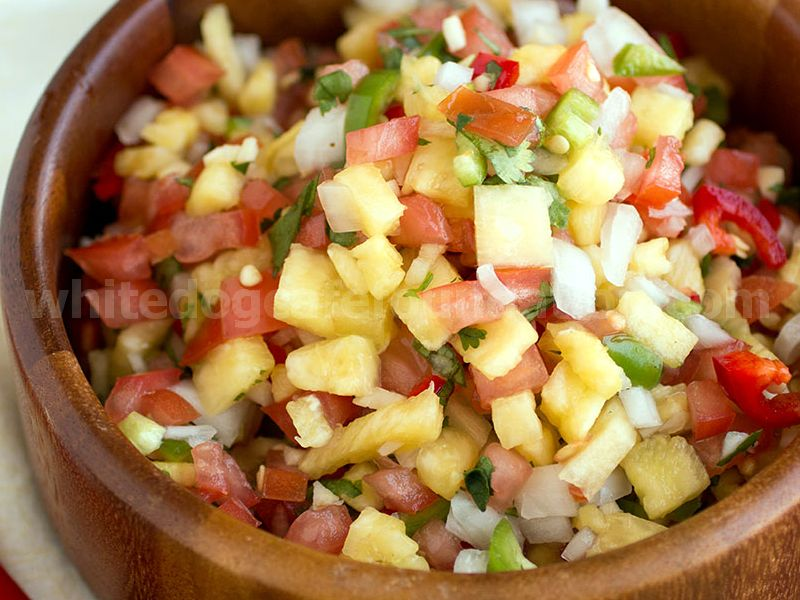 Fresh Chili-Pineapple Salsa