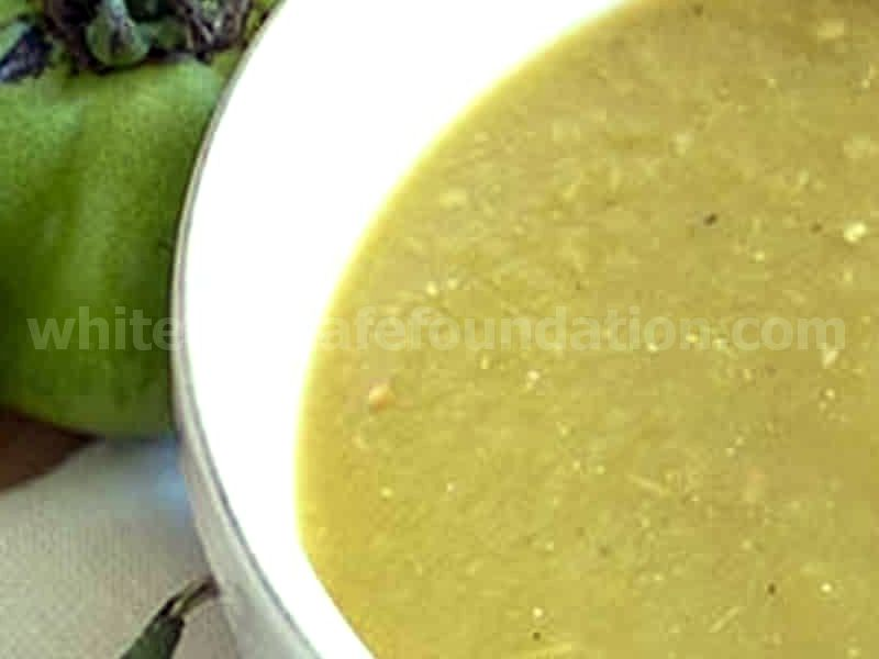Fresh Green Tomato-Chili Pepper Sauce